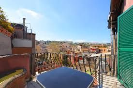 Trilussa terrace penthouse: Up to 2+2 people - Rome Apartments Rental