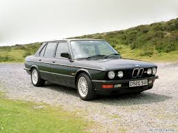 BMW 5 series 533i 1982 Review: Specifications and Photos – Bugatti ...