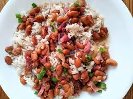 And mama didn't call these we grew up eating these pinto beans at almost every meal. Homemade Pinto Beans W Ham Hocks And Garlic Rice Food