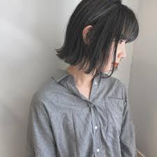 飾らない切りっぱなしボブで周りの人と差をつける Hair