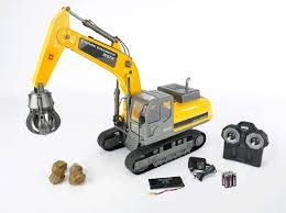 Radio control construction toys