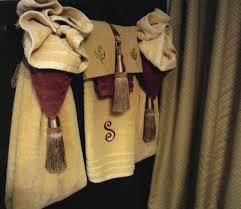 Bathroom Towel Decor Bathroom Towel Decorating Ideas Inspired2ttransform Decorating