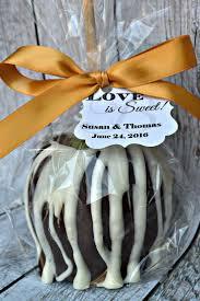 10 Caramel Apples - Milk Chocolate - Wedding Favors - Fall Favor -  Chocolate Caramel Apple