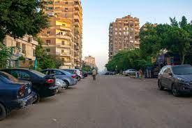 مصر.. تفاصيل فرض رسوم على انتظار السيارات أسفل العقارات
