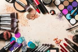 and what can be better than reading some random facts about beauty and cosmetics here is a list of glamorous facts about makeup and cosmetics that you
