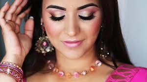 glowy fresh face makeup for pink saree