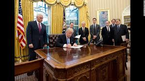 recapturing oval office. US President Donald Trump \u0026lt;a Href\u003d\u0026quot;http://www Recapturing Oval Office T