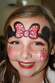 minnie mouse face paint design by cynnamon painted in corona facepaintingbycynnamon com