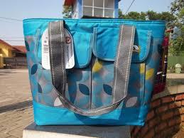 Hasil gambar untuk cooler bag igloo