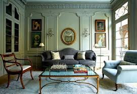 Green Living Room in Victorian Style. eclectic design