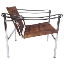 authentic signed cassina le corbusier lc1 cowhide lounge le corbusier chaise lounge chair history