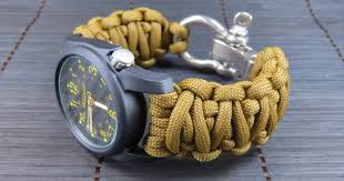 image credit paracord 101