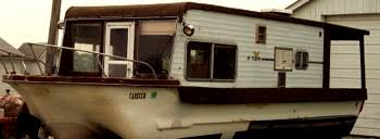 Small Picture Yukon Delta houseboat is this a rare model of house boats