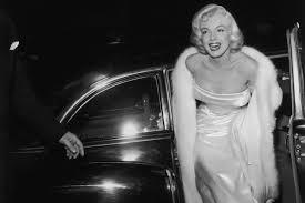 Marilyn Monroe Wallpaper For Bedroom Andy Warhol Marilyn Monroe Wallpaper By Hd Wallpapers Daily