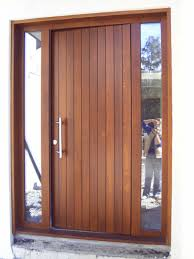 front door with sidelightsFront doors with sidelights  Homeliness