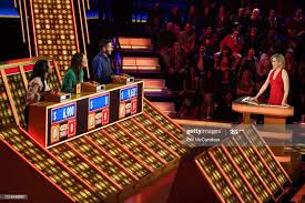 """LUCK - """"The Legend"""" - Host Elizabeth Banks can't stop the WHAMMY ..."""
