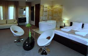 Alfold Gyongye Hotel Hotel Brill Oroshaza Hungary Bookingcom