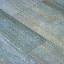 vinyl plank flooring vs porcelain tile in basement