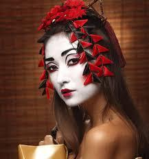 modern geisha look