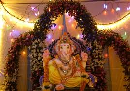 10 beautiful ganpati decoration ideas for apartment