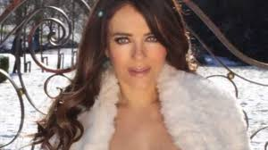 Elizabeth liz hurley (born 10 june 1965) is an english actress and model. Liz Hurley Instagram British Star 55 Poses Topless In The Snow Photo