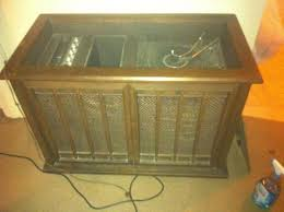 old magnavox am fm radio turntable doityourself com community Series Speaker Wiring Diagram at Magnavox Console Speaker Wiring Diagram