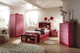Little Girls Bedroom Wallpaper Bedroom Alluring Small Bedroom For Girls With Geometric