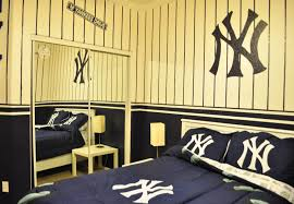 New York Yankees Bedroom Decor New York Yankees Kids Bedroom Id Do This For My Room Not The Kids