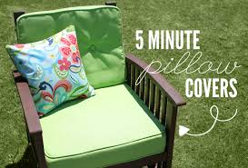 5 Minute Pillow Covers Tutorial Wonder Forest