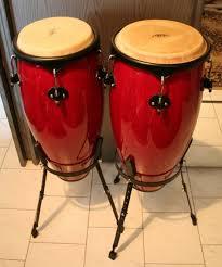 Alat musik melodis adalah alat musik yang berfungsi untuk menghasilkan sebuah nada atau melodi lagu. Contoh Alat Musik Ritmis Dan Melodis