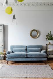 Best 25+ Velvet sofa ideas on Pinterest | Interiors, Emerald green ...
