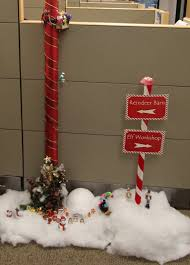 office cubicle christmas decoration. Terrific Funny Office Holiday Party Themes Christmas Pole Decorating Ideas: Full Size Cubicle Decoration T