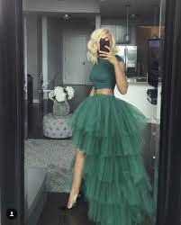 Yes to the wavy bob, waist line, crop top, extra layered tulle skirt,  peekaboo leg, and black … | Tulle skirts outfit, Cheap prom dresses long,  Evening dresses prom