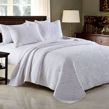 CHAUSUB French QUILT Set 3PCS Washed Cotton Quilts Bed Sheets ... & CHAUSUB French QUILT Set 3PCS Washed Cotton Quilts Bed Sheets Luxury  Embroidered Bedspread Pillow Shams White Gray KING Size-in Quilts from Home  & Garden on ... Adamdwight.com