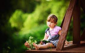 Cute Child Girl Free Mobile Phone ...
