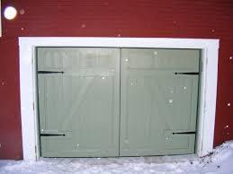 garage doors that look like barn doors garage doors that look like barn doors