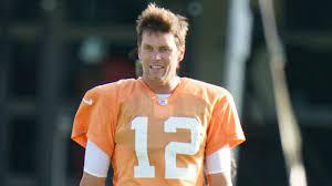 Buccaneers' Tom Brady turns 44 ...