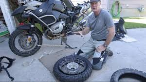 BMW Convertible best tires for bmw : BMW R1200GS rear tire change - YouTube