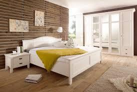 Schlafzimmer Landhausstil Casa Kiefer Teilmassiv W02