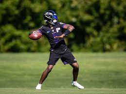 Concerns voiced for Lamar Jackson to ...