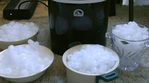 Pebble Ice Machine Small Home Ice Maker Product Image Wind Chaser Portable Ice