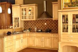 kitchen cabinets maple wonderful natural maple shaker kitchen cabinets shaker maple kitchen cabinets choose maple kitchen kitchen cabinets maple