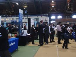 cornell engineering recruiting for employers fall 2016 university career fair students at the fair in barton hall