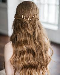 結婚式に出席する際にふさわしい髪型ヘアアレンジ結婚式やアイテムの