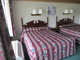 Pigeon Forge 2 Bedroom Suites Riverside Motor Lodge Pigeon Forge Tn Bookingcom