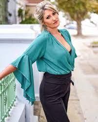 Как одеваться в зрелом возрасте модно: советы стилистов, фото