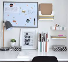 how to organize office space. Apartment Hacks: How To Organize A Drawer-Less Office Desk Space K