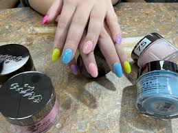 oak lawn nail salons deals in and