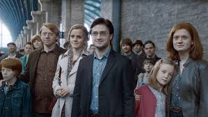 what happened to the main harry potter characters after deathly  harry ron hermione and ginny as pictured in the deathly hallows
