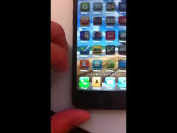 Few Users Reporting Problems With iPhone 5 Screen